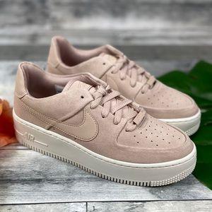 Nike Air Force 1 sage Low sneakers beige